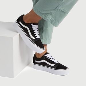 Vans old skool platform sneakers in black NWT 5